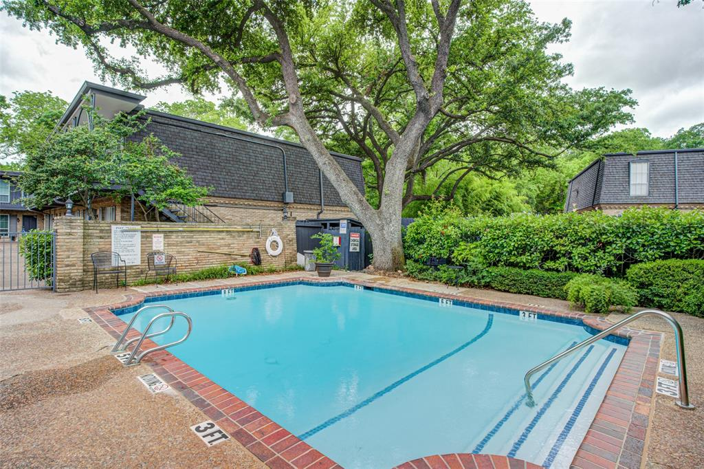 5018 Les Chateaux  Drive, Dallas, Texas 75235 - acquisto real estate best luxury buyers agent in texas shana acquisto inheritance realtor