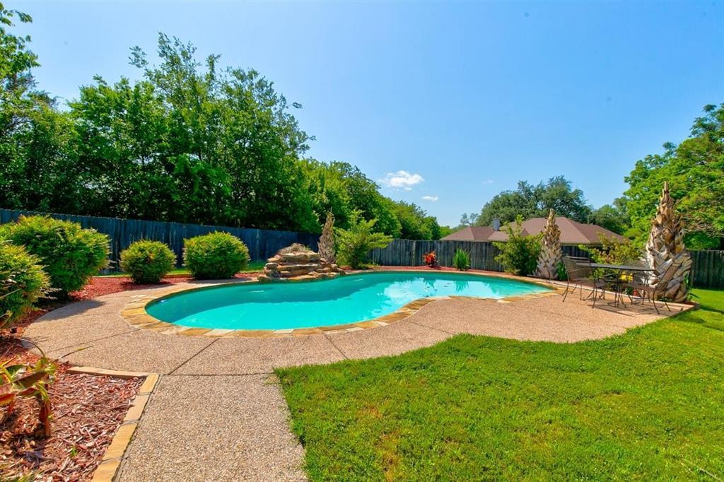 4407 Cluster Oak  Court, Granbury, Texas 76049 - Acquisto Real Estate best mckinney realtor hannah ewing stonebridge ranch expert