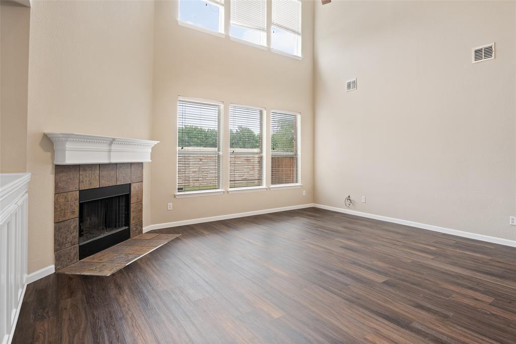 3909 Miramar  Drive, Denton, Texas 76210 - acquisto real estate best new home sales realtor linda miller executor real estate