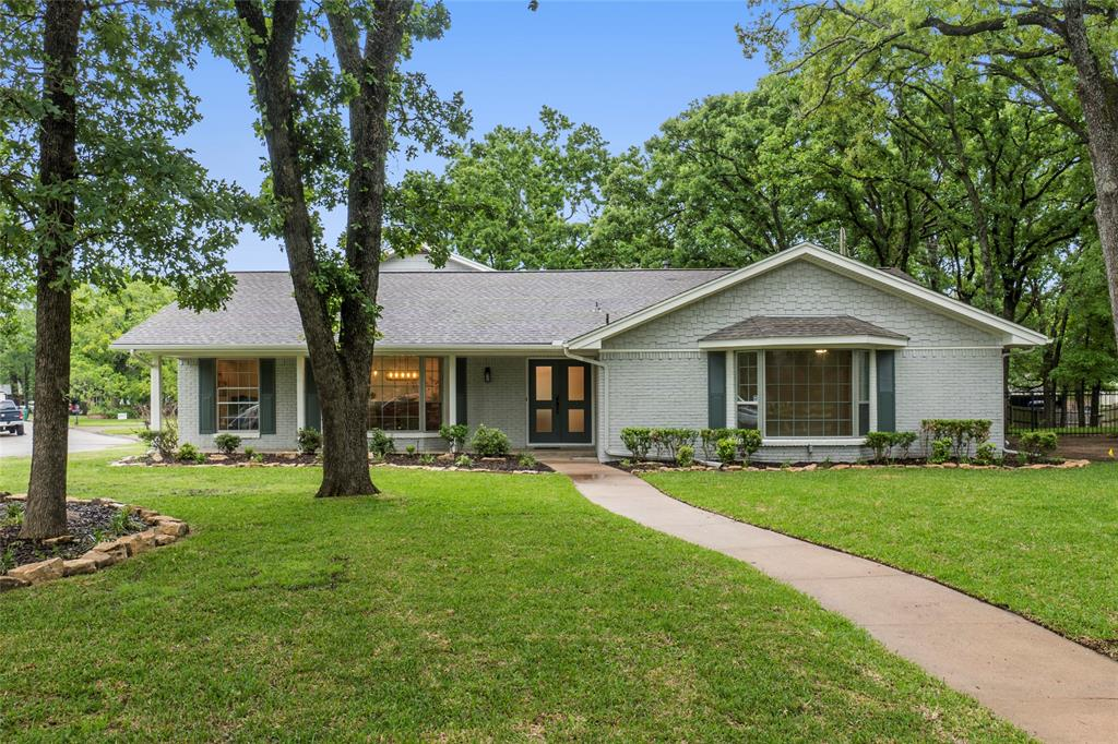 1 Post Oak  Circle, Greenville, Texas 75402 - Acquisto Real Estate best plano realtor mike Shepherd home owners association expert