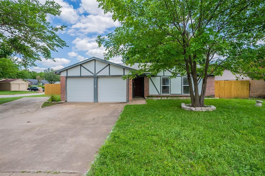 1116 Dennis  Drive, Saginaw, Texas 76179 - Acquisto Real Estate best frisco realtor Amy Gasperini 1031 exchange expert