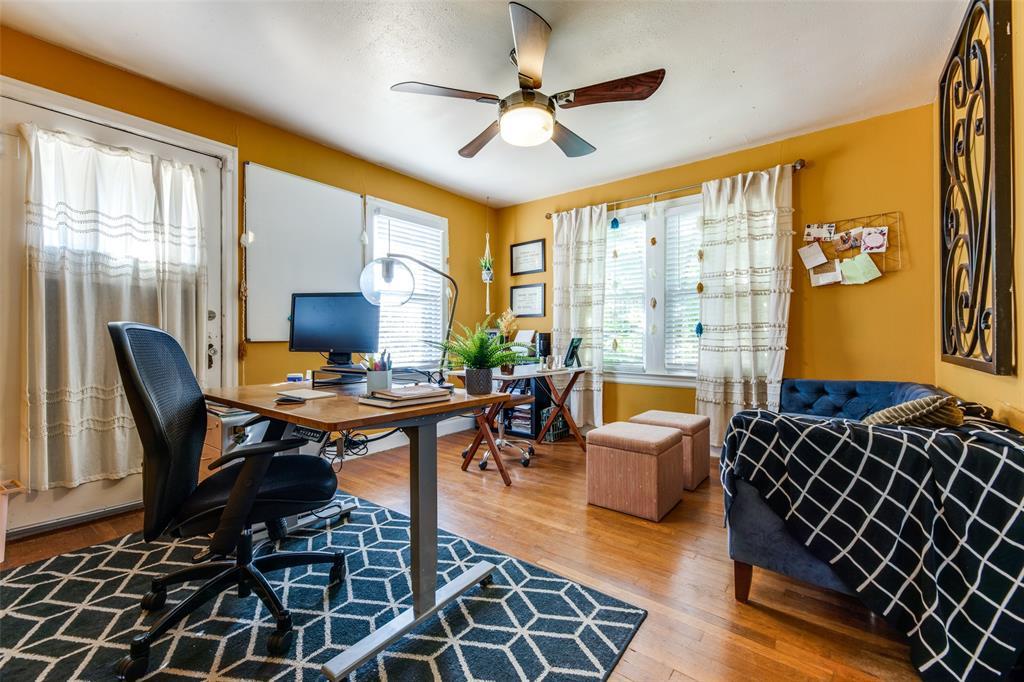 2419 Grigsby  Avenue, Dallas, Texas 75204 - acquisto real estate best listing agent in the nation shana acquisto estate realtor