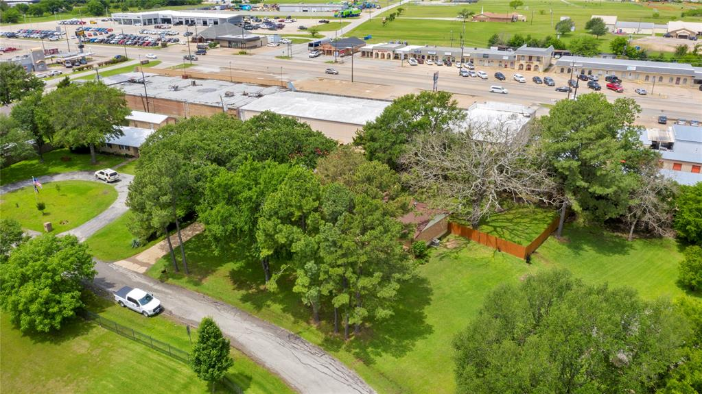 104 Lilac  Lane, Gun Barrel City, Texas 75156 - acquisto real estate best realtor dallas texas linda miller agent for cultural buyers