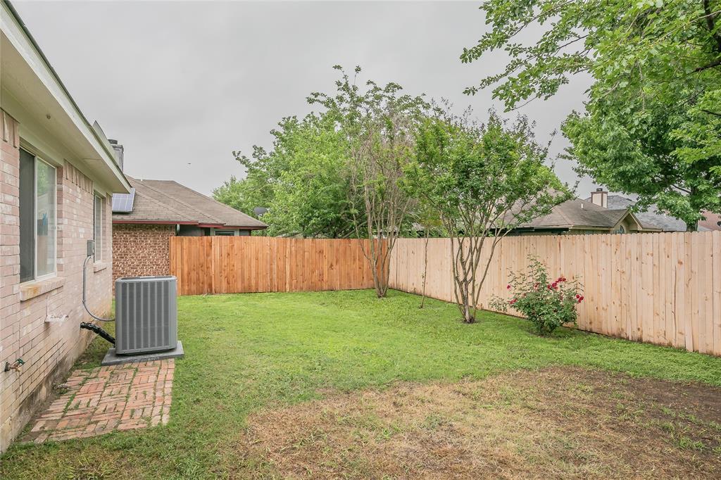 1605 Dorchester  Street, Fort Worth, Texas 76134 - acquisto real estate smartest realtor in america shana acquisto