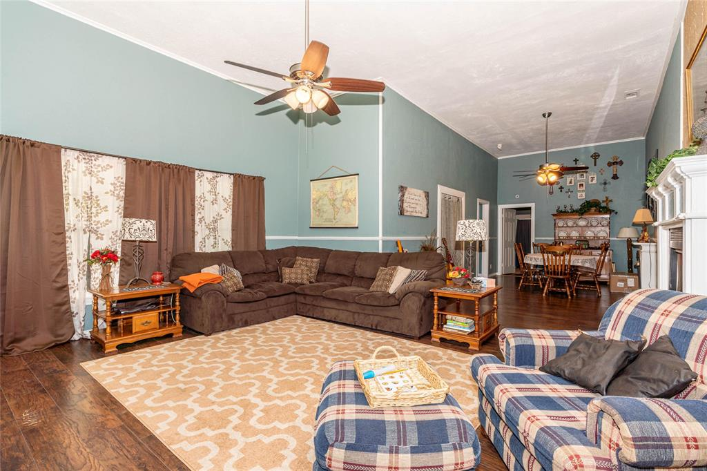 2115 WALWORTH  Greenville, Texas 75401 - acquisto real estate best photos for luxury listings amy gasperini quick sale real estate