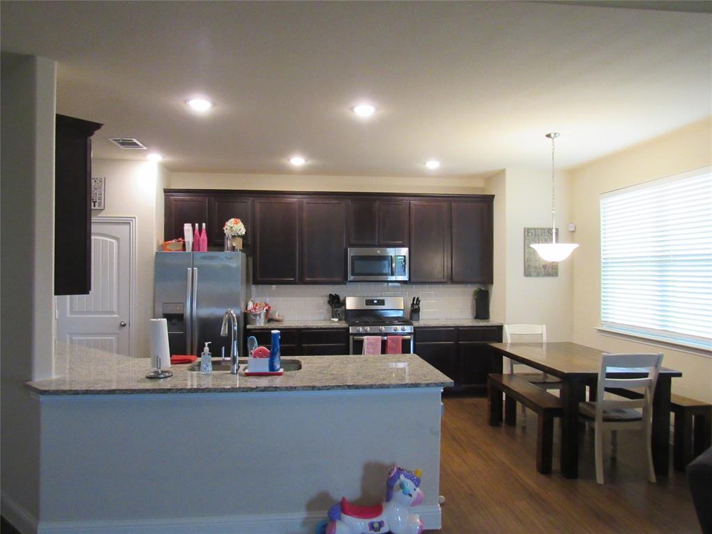 1438 Blue Bonnett  Boulevard, Gainesville, Texas 76240 - acquisto real estate best highland park realtor amy gasperini fast real estate service