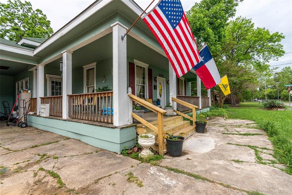 2115 WALWORTH  Greenville, Texas 75401 - acquisto real estate best realtor foreclosure real estate mike shepeherd walnut grove realtor