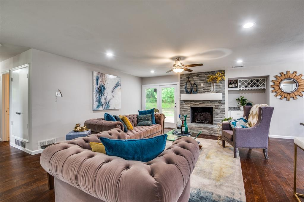 2948 Golfing Green  Drive, Farmers Branch, Texas 75234 - acquisto real estate best real estate company in frisco texas real estate showings
