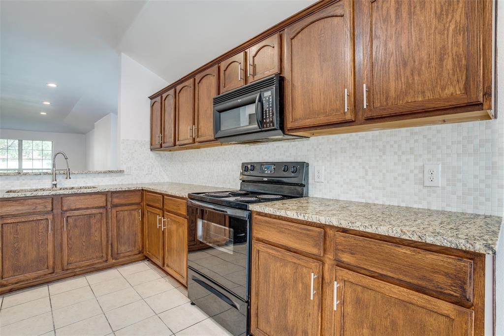 729 Mahogany  Anna, Texas 75409 - acquisto real estate best realtor dfw jody daley liberty high school realtor