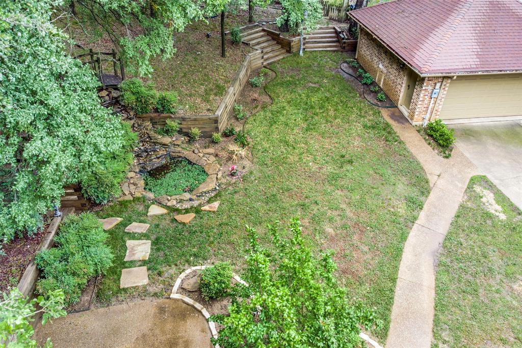 2403 Winding Hollow  Lane, Arlington, Texas 76006 - acquisto real estate best realtor foreclosure real estate mike shepeherd walnut grove realtor