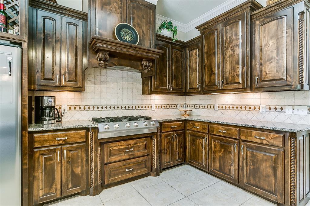 113 Oak Bend  Trail, Lipan, Texas 76462 - acquisto real estate best negotiating realtor linda miller declutter realtor