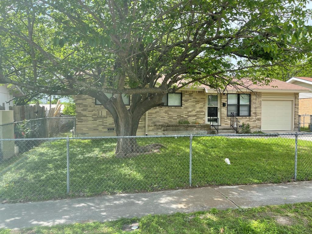 712 1st  Street, Copperas Cove, Texas 76522 - Acquisto Real Estate best frisco realtor Amy Gasperini 1031 exchange expert