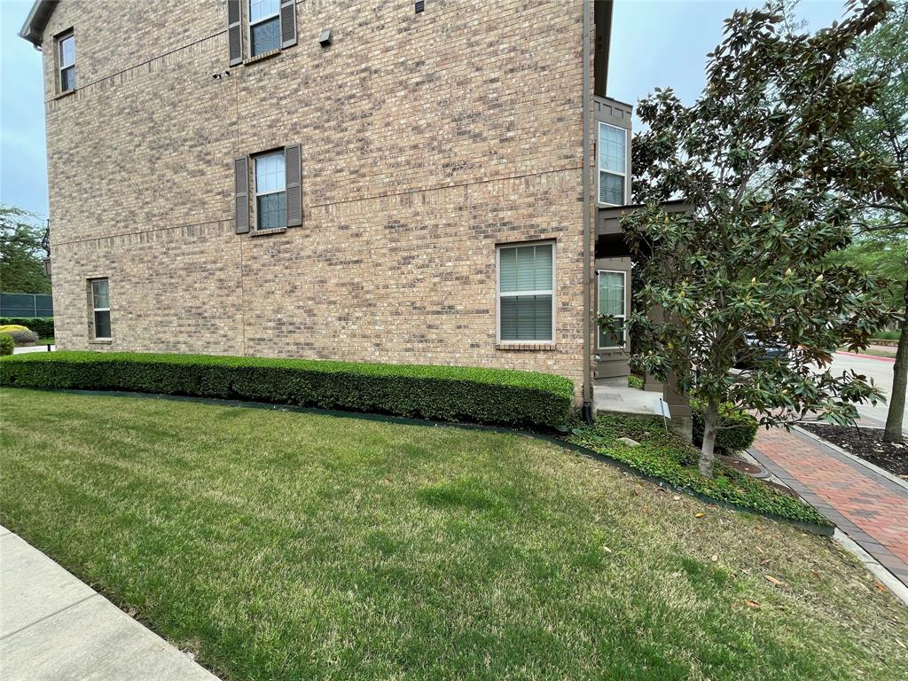 3926 Asbury  Lane, Addison, Texas 75001 - acquisto real estate best looking realtor in america shana acquisto