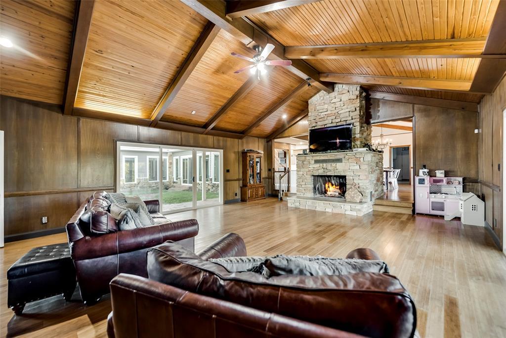 3070 County Road 136  Whitesboro, Texas 76273 - acquisto real estate best photos for luxury listings amy gasperini quick sale real estate