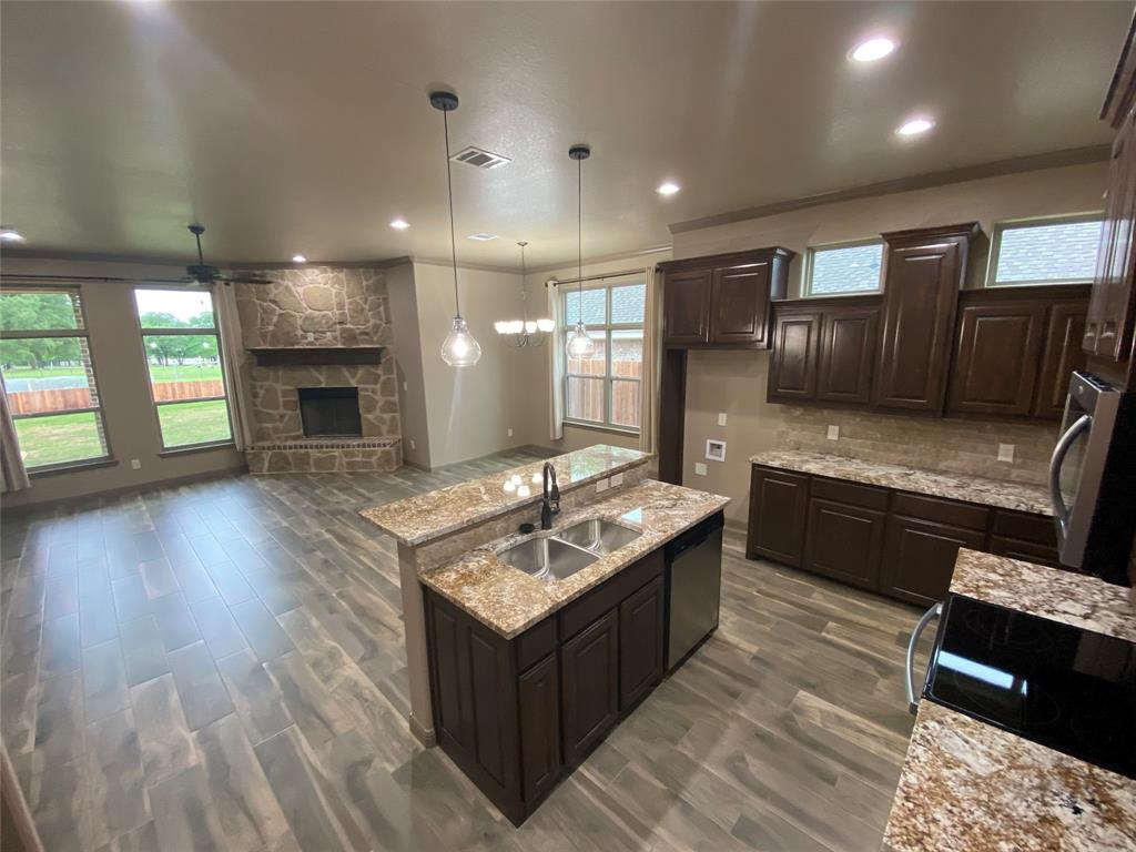 3312 Windcrest  Drive, Granbury, Texas 76049 - acquisto real estate best the colony realtor linda miller the bridges real estate