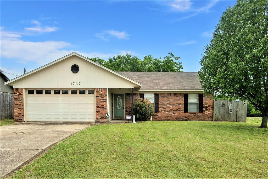1737 Northwood  Boulevard, Corsicana, Texas 75110 - acquisto real estate best real estate follow up system katy mcgillen