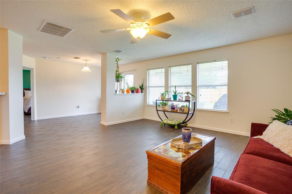4421 Centennial  Court, Fort Worth, Texas 76244 - acquisto real estate best real estate company in frisco texas real estate showings