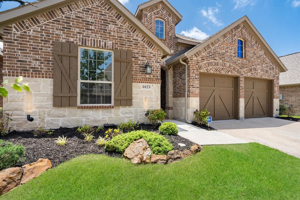 1425 Bird Cherry  Lane, Celina, Texas 75078 - acquisto real estate best the colony realtor linda miller the bridges real estate