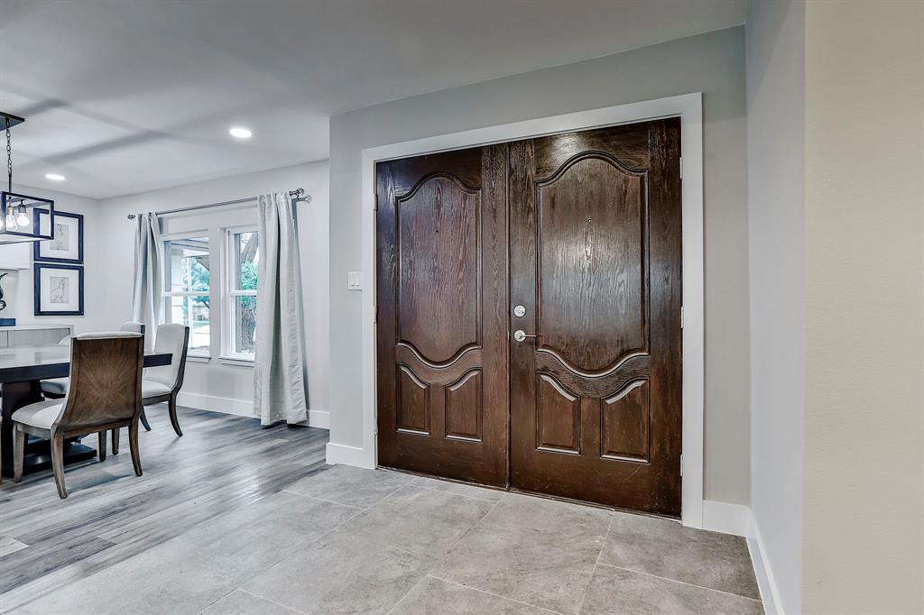 6801 Kingswood  Drive, Fort Worth, Texas 76133 - acquisto real estate best allen realtor kim miller hunters creek expert