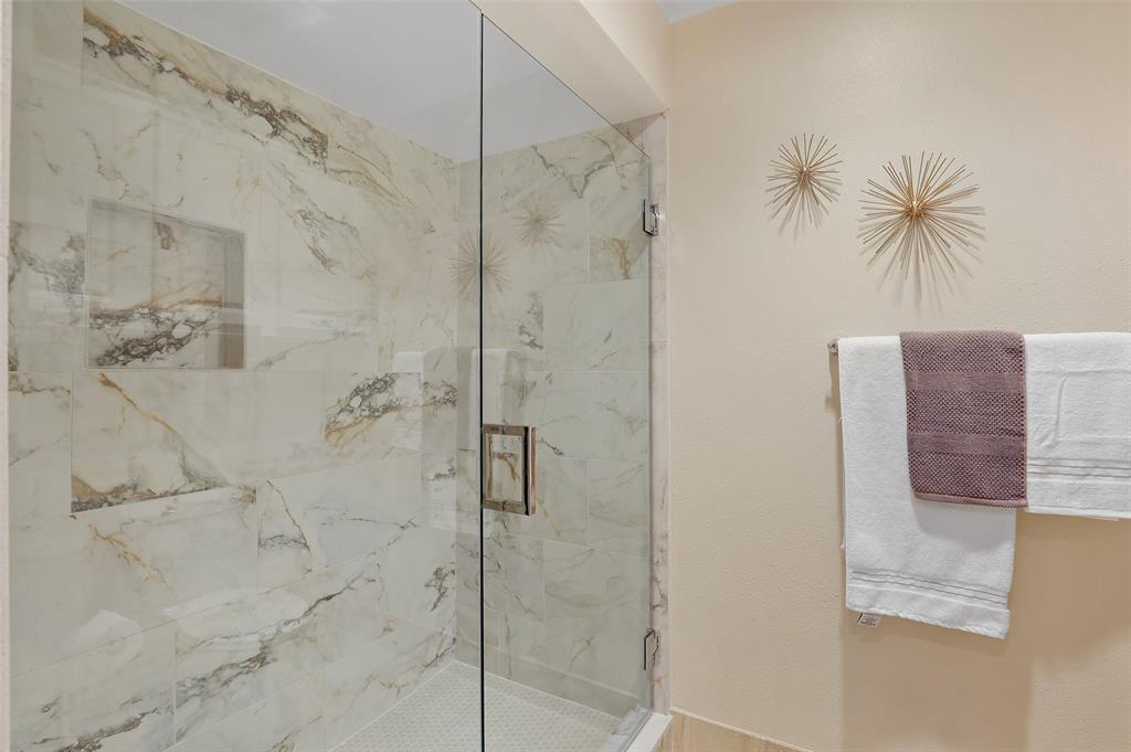 4242 Lomo Alto  Drive, Dallas, Texas 75219 - acquisto real estate best photos for luxury listings amy gasperini quick sale real estate