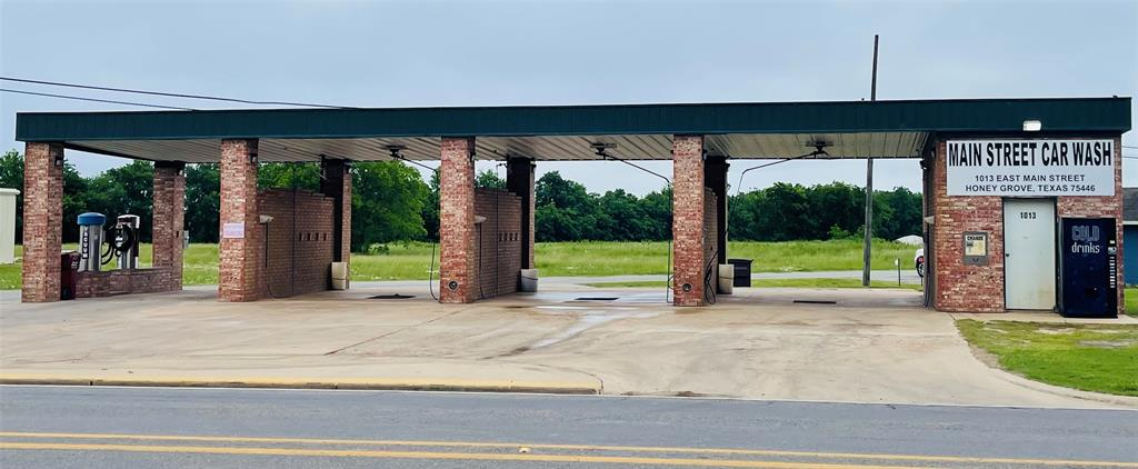 1013 Main  Street, Honey Grove, Texas 75446 - Acquisto Real Estate best frisco realtor Amy Gasperini 1031 exchange expert