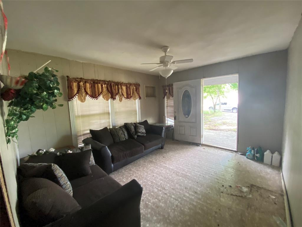 2606 Michigan  Avenue, Dallas, Texas 75216 - acquisto real estate best allen realtor kim miller hunters creek expert