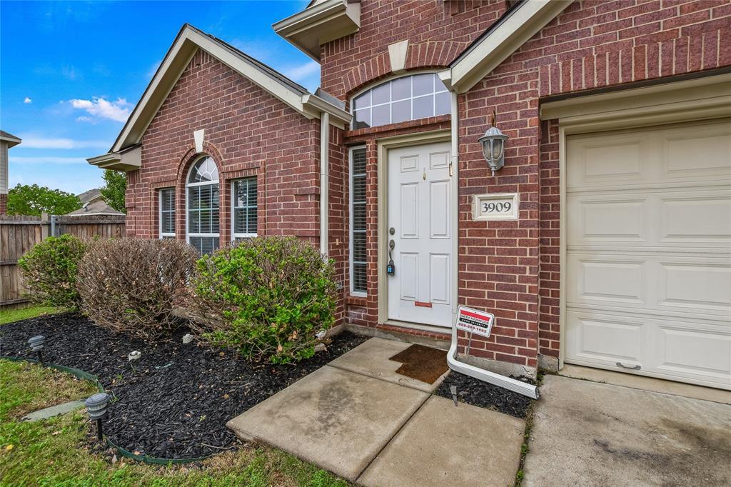 3909 Kenny  Court, Fort Worth, Texas 76244 - acquisto real estate best allen realtor kim miller hunters creek expert