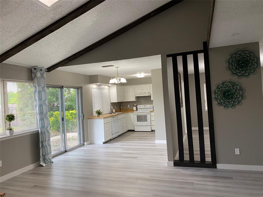 616 Via Sevilla  Mesquite, Texas 75150 - Acquisto Real Estate best plano realtor mike Shepherd home owners association expert