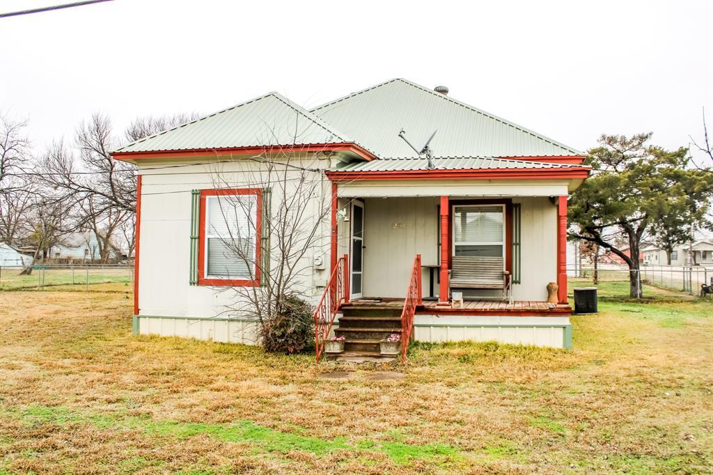 201 Pecan  Malone, Texas 76660 - Acquisto Real Estate best frisco realtor Amy Gasperini 1031 exchange expert
