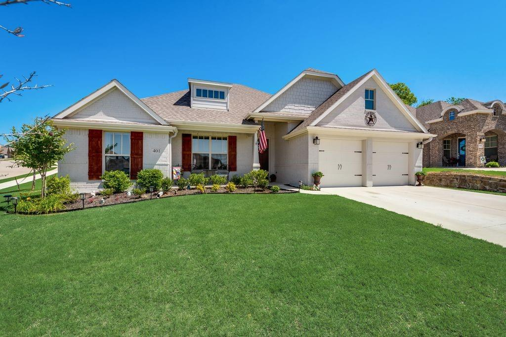 401 Inwood  Street, Benbrook, Texas 76126 - Acquisto Real Estate best plano realtor mike Shepherd home owners association expert
