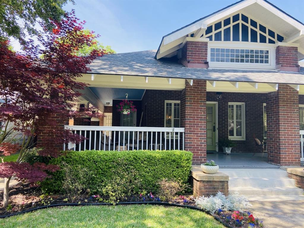 719 Lowell  Street, Dallas, Texas 75214 - Acquisto Real Estate best frisco realtor Amy Gasperini 1031 exchange expert