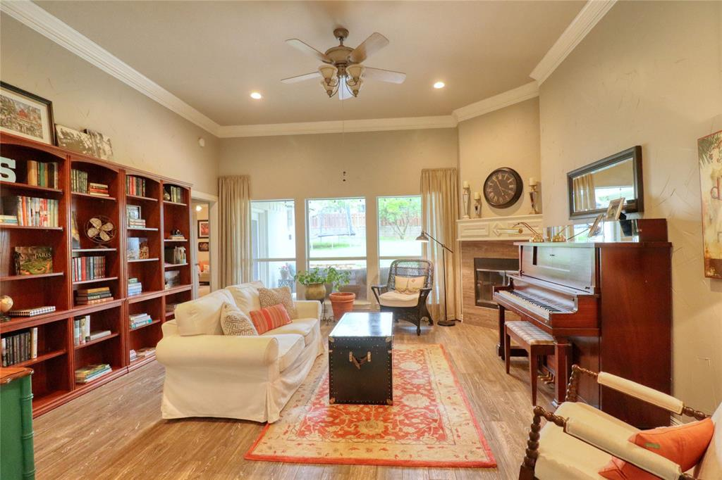 1320 Polo  Run, Midlothian, Texas 76065 - acquisto real estate best real estate company to work for