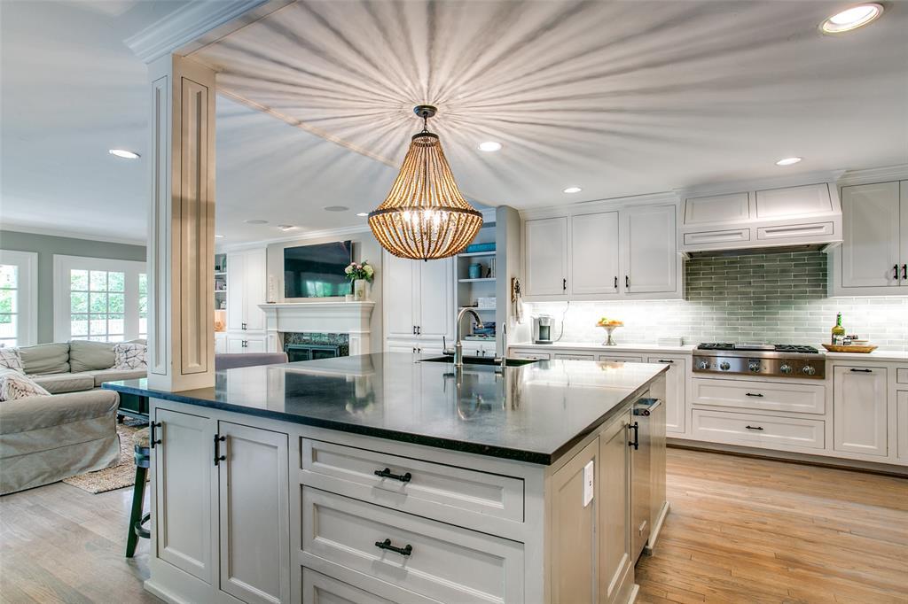 6738 Avalon  Avenue, Dallas, Texas 75214 - acquisto real estate best listing listing agent in texas shana acquisto rich person realtor