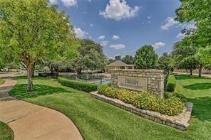 2021 Broadleaf  Drive, Arlington, Texas 76001 - acquisto real estate best plano real estate agent mike shepherd