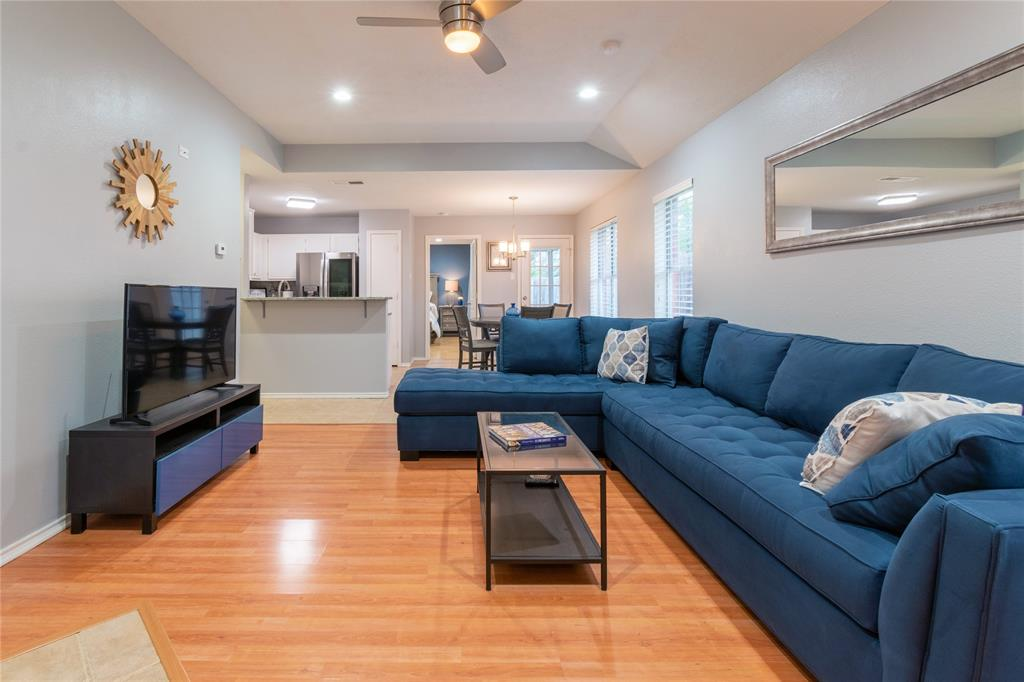 520 Majestic Park  Lane, Cedar Hill, Texas 75104 - acquisto real estate best prosper realtor susan cancemi windfarms realtor