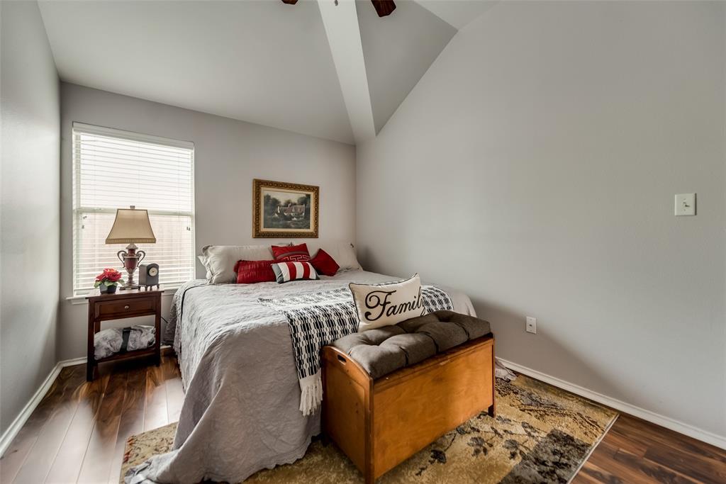 2612 Hilcroft  Avenue, Denton, Texas 76210 - acquisto real estate best plano real estate agent mike shepherd