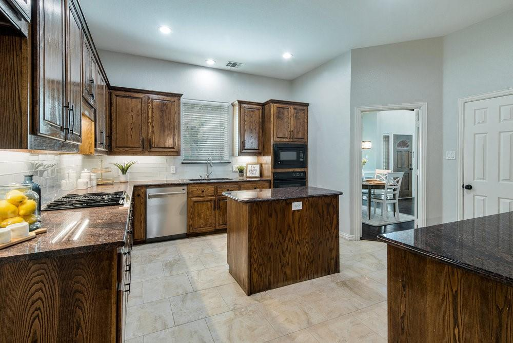 2705 Schofield  Court, Plano, Texas 75093 - acquisto real estate best flower mound realtor jody daley lake highalands agent of the year