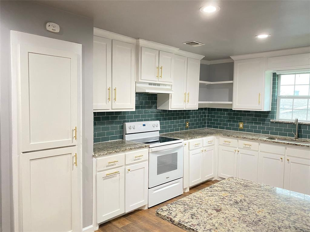 729 Pemberton  Drive, White Settlement, Texas 76108 - acquisto real estate best real estate company to work for
