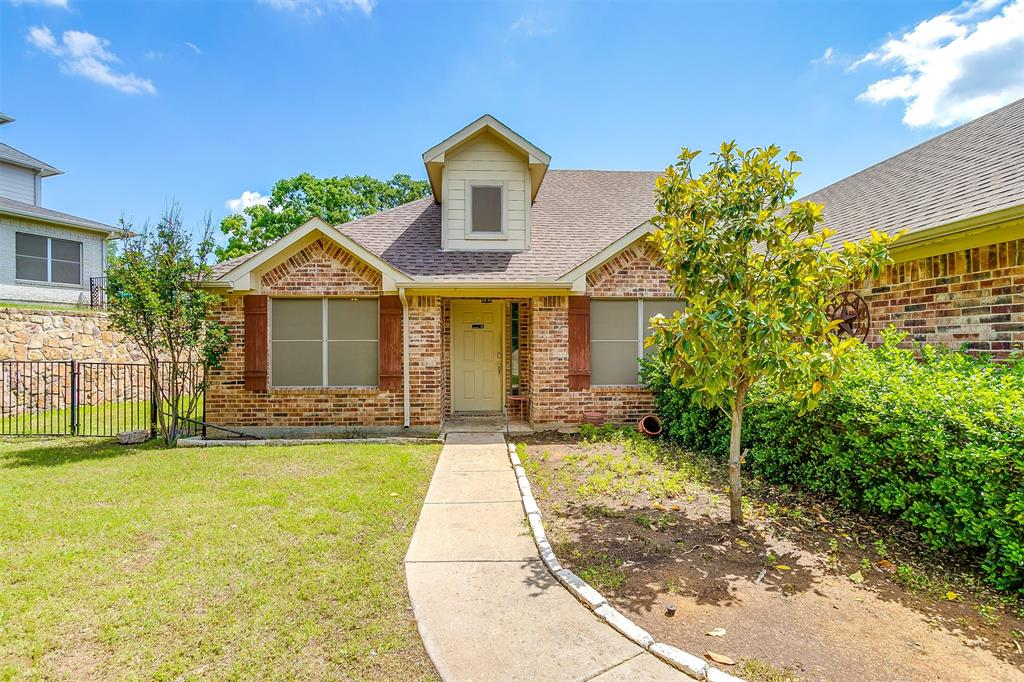 1005 Red Cedar  Way, Burleson, Texas 76028 - Acquisto Real Estate best plano realtor mike Shepherd home owners association expert