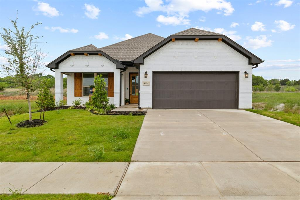 1224 Big Sky  Drive, Weatherford, Texas 76086 - Acquisto Real Estate best plano realtor mike Shepherd home owners association expert