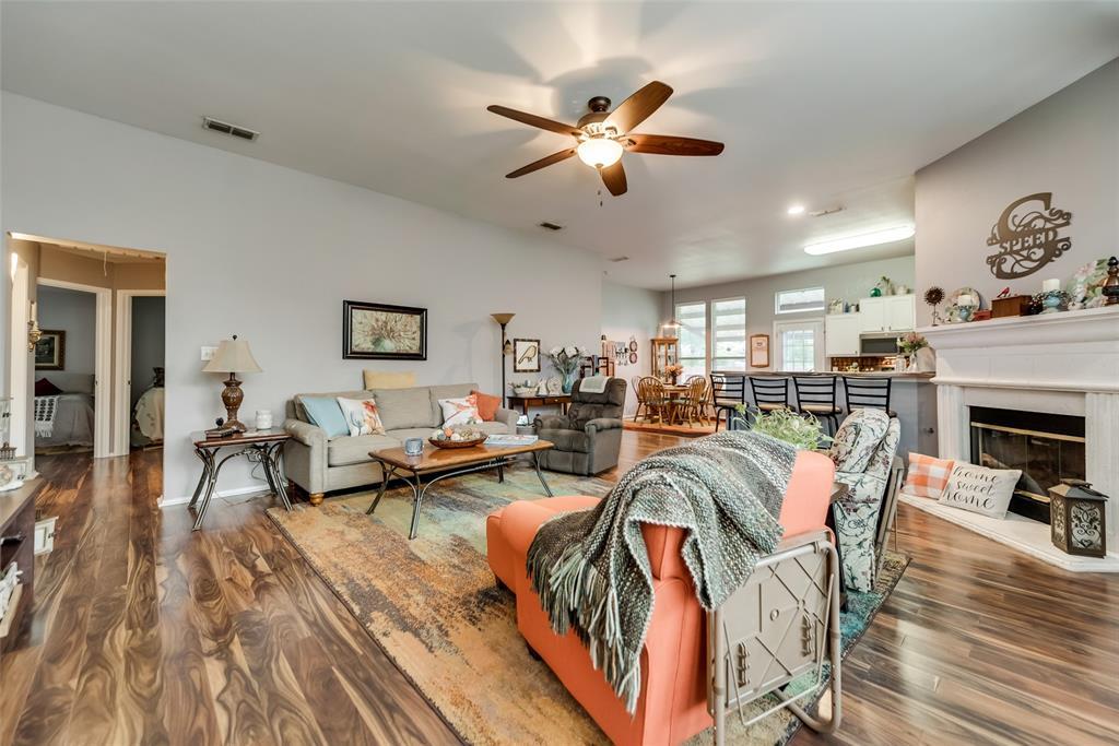 2612 Hilcroft  Avenue, Denton, Texas 76210 - acquisto real estate best celina realtor logan lawrence best dressed realtor