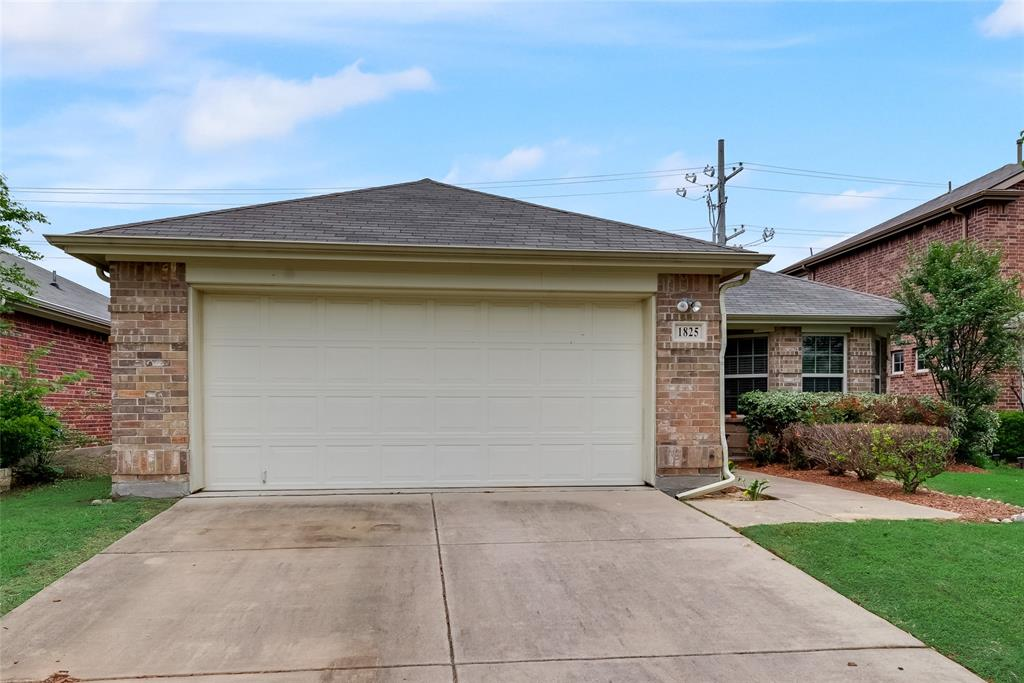 1825 Shoebill  Drive, Little Elm, Texas 75068 - Acquisto Real Estate best frisco realtor Amy Gasperini 1031 exchange expert