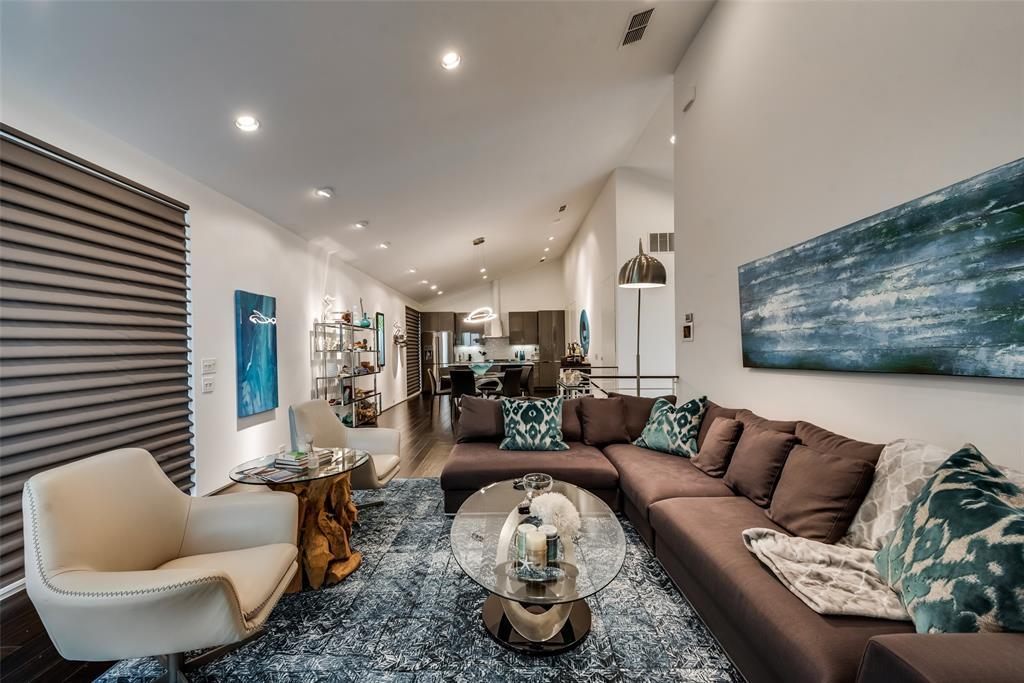 4711 Live Oak  Street, Dallas, Texas 75204 - acquisto real estate best luxury buyers agent in texas shana acquisto inheritance realtor