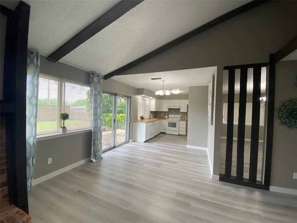 616 Via Sevilla  Mesquite, Texas 75150 - acquisto real estate best photos for luxury listings amy gasperini quick sale real estate