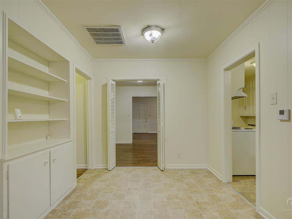 1009 Avenue F  Avenue, Garland, Texas 75040 - acquisto real estate best luxury buyers agent in texas shana acquisto inheritance realtor