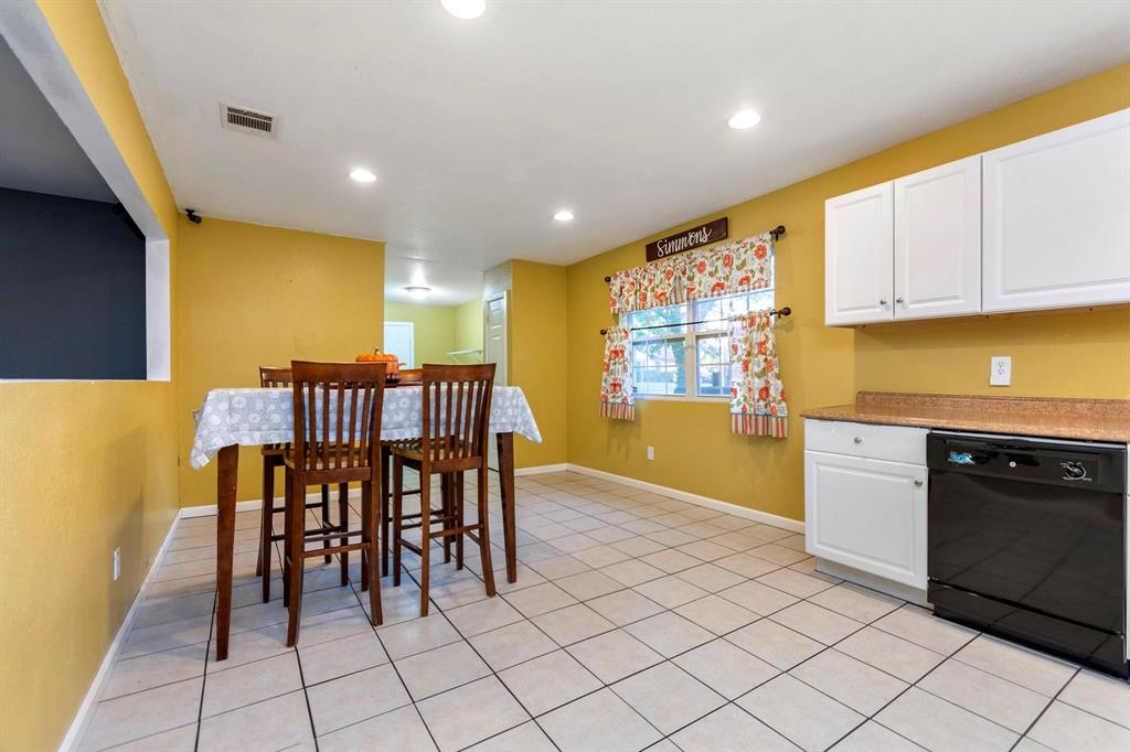5701 Hanson  Drive, Watauga, Texas 76148 - acquisto real estate best realtor dfw jody daley liberty high school realtor