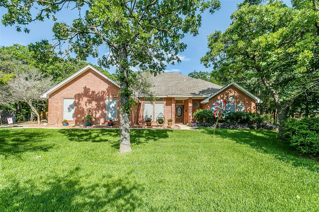 532 Forest Edge  Street, Burleson, Texas 76028 - Acquisto Real Estate best plano realtor mike Shepherd home owners association expert