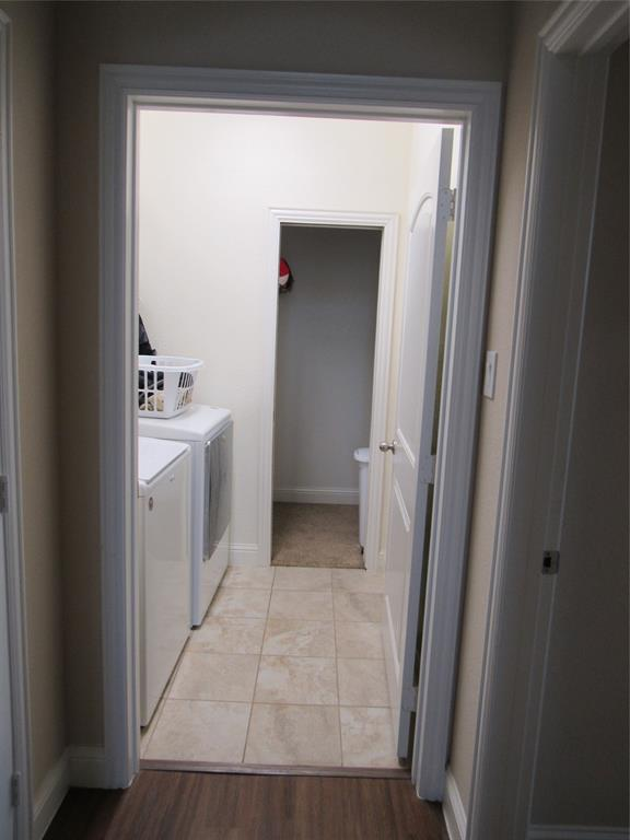 1438 Blue Bonnett  Boulevard, Gainesville, Texas 76240 - acquisto real estate best photo company frisco 3d listings