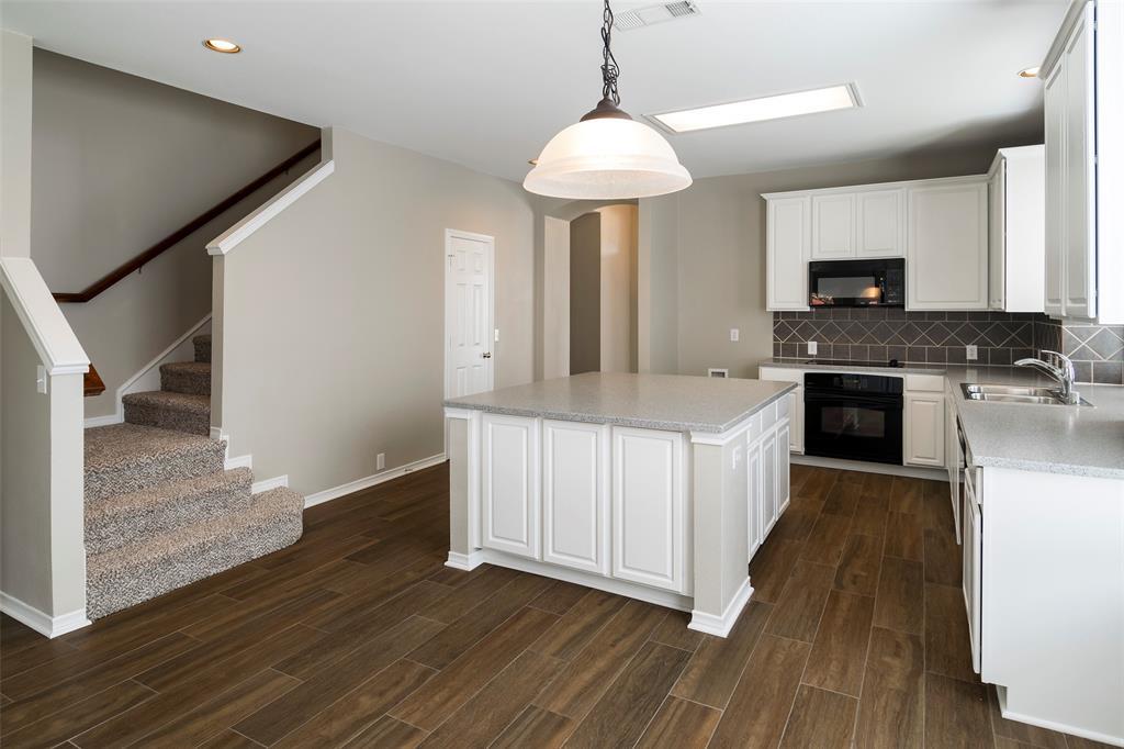 7561 Ravenhill  Drive, Frisco, Texas 75035 - acquisto real estate best listing listing agent in texas shana acquisto rich person realtor
