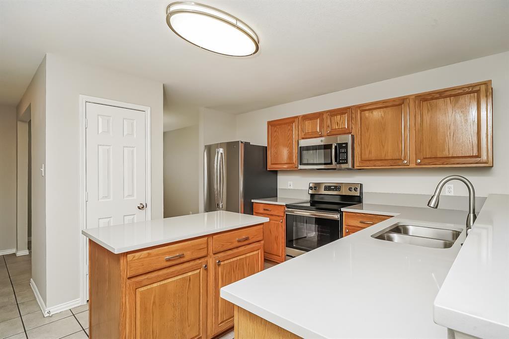 2232 Southway  Denton, Texas 76207 - acquisto real estate best highland park realtor amy gasperini fast real estate service